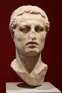 Antiochus 4. Efifanes, buste på Altes Museum i Berling. Israel - ung og ældgammel. Israel-Info