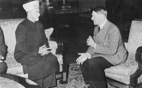 Den arabisk- palæstinensiske leder Amir al-Husseini mødes med Hitler i november 1941. Israel ung og ældgammel. Israel-Info