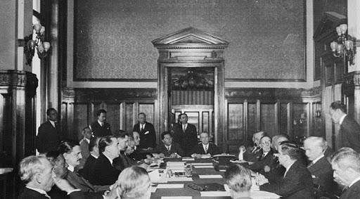 Delegerede under forhandling om Montevideo Konventionen 1933. Israel-Info
